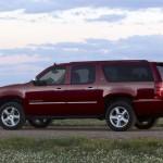 2014-Chevrolet-SuburbanLTZ-004