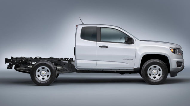 2015 Chevrolet Colorado WT Chassis Cab Side View   Chevy ...